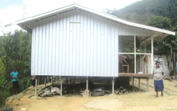 MG Nano lighting was installed in remote house in Papua New Guinea Highlands, which is off-grid solar device providing lighting and 240V AC power.